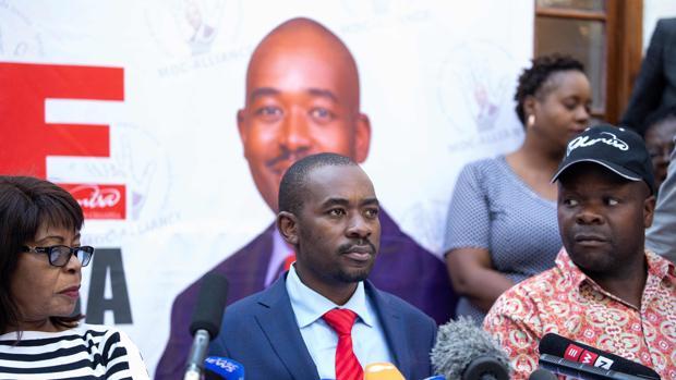 Chamisa dice tener pruebas del fraude electoral en Zimbabwe