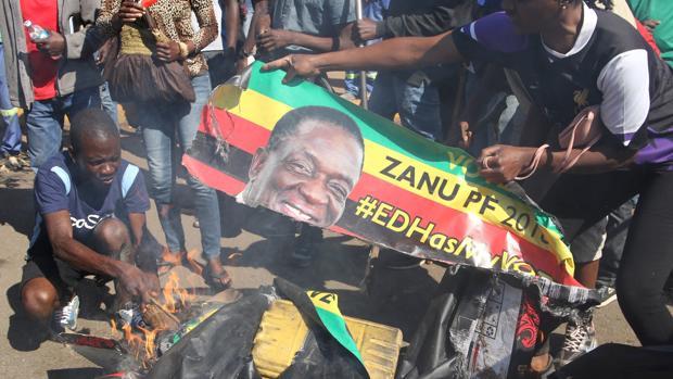 Mnangagwa, elegido presidente de Zimbabue pese al rechazo de la oposición