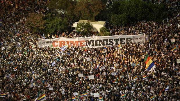 Decenas de miles de personas protestan contra la Ley de Estado Nación en Israel