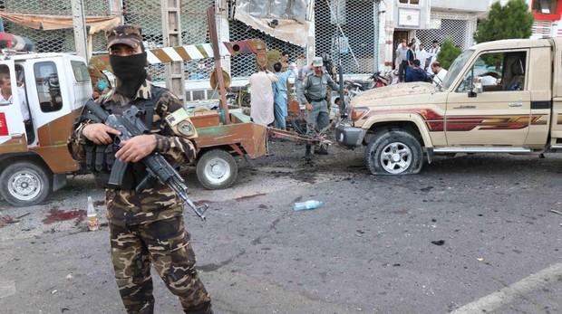 Los talibanes atacan zonas residenciales en el centro de Afganistán