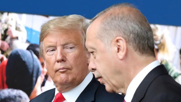 Erdogan advierte a Trump que si no da marcha atrás en las sanciones, buscará «nuevos aliados»