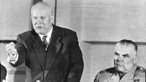 Kruschev: el zapato que calentó la Guerra Fría