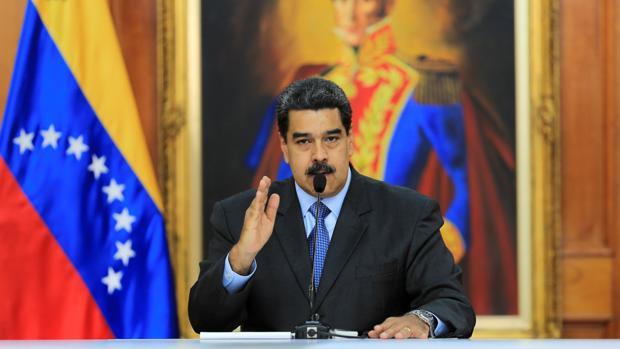Los venezolanos que no dispongan del «carnet de la patria» pagarán la gasolina a precio internacional