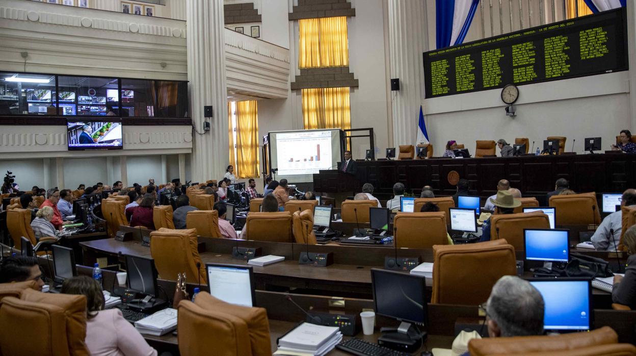 Nicaragua recorta su presupuesto por la crisis y afecta a la inversión pública