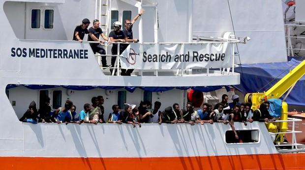 El Gobierno Italiano acogerá a 20 inmigrantes del Aquarius