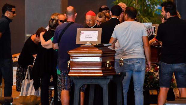 Funeral de Estado por las víctimas de Génova bajo el sentimiento de la rabia