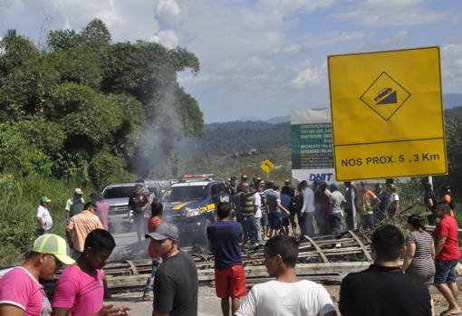 Brasileños se manifiestan contra la inmigración venezolana