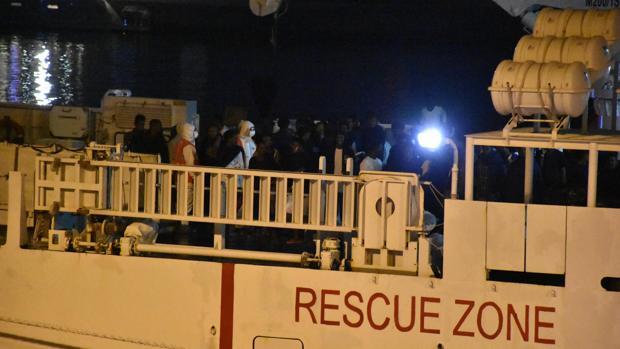 Austria exige que todos los puertos europeos se cierren a los refugiados rescatados en el mar