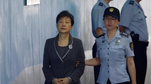Condenada a 25 años la ex presidenta surcoreana por la trama «Rasputina»