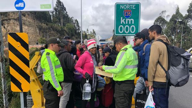 Un Tribunal de Ecuador anula la petición de pasaporte a los venezolanos