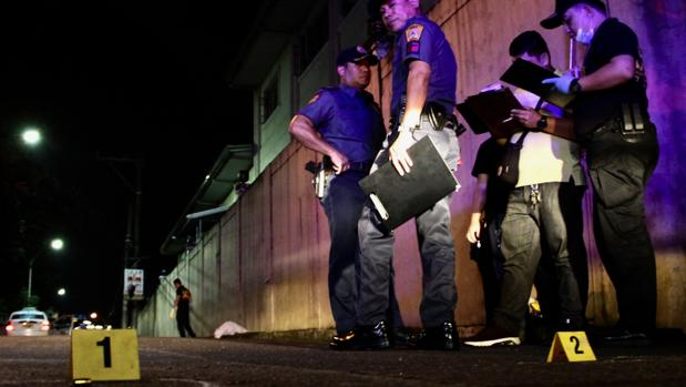 «La Policía nos da fotos de los yonquis a eliminar»