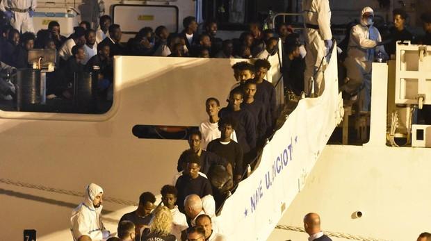 Detenidos por tráfico de seres humanos cuatro de los rescatados del Diociotti