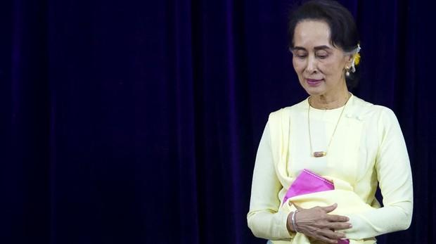 El genocidio de los rohingya en Birmania mina a San Suu Kyi