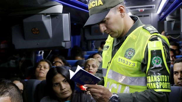 Un censo controlará el éxodo masivo de venezolanos en los países vecinos