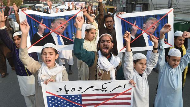 EE.UU. cancela 300 millones de dólares de ayuda a Pakistán por su inoperancia con el terrorismo