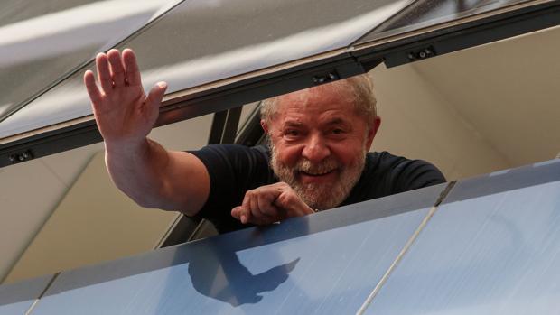 Lula presentará recursos en la Corte Suprema y en la ONU para posibilitar su candidatura
