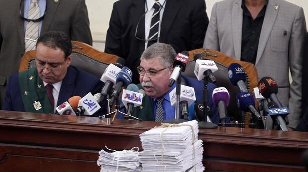Un tribunal de Egipto condena a muerte a 75 personas por la matanza de 2013