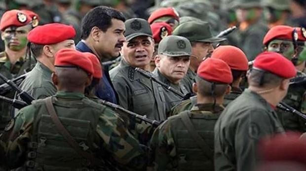 La Administración Trump barajó con militares venezolanos rebeldes un posible golpe de Estado