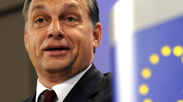 La decisión contra Hungría divide a las familias políticas de la Eurocámara