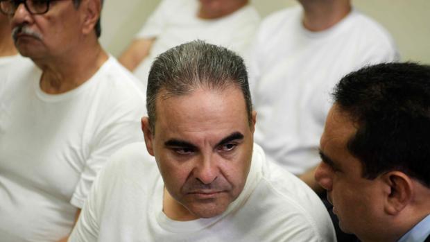 Condenado a 10 años de cárcel el expresidente salvadoreño Saca por corrupción