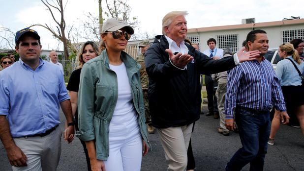 Donald Trump y la primera dama, Melania Trump, en Puerto Rico tras el paso del huracán María
