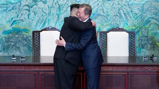 El presidente surcoreano intenta desbloquear el desarme nuclear de Kim Jong-un