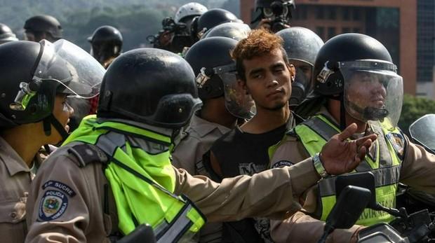 Más de 8.200 ejecuciones extrajudiciales entre 2015 y 2017 en Venezuela, según una ONG
