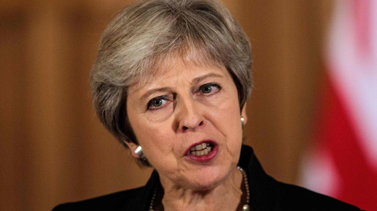 Theresa May pide respeto a la UE en las negociaciones del Brexit