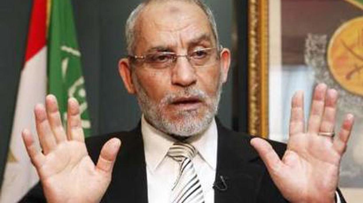 Condenado a una nueva cadena perpetua el líder de Hermanos Musulmanes en Egipto