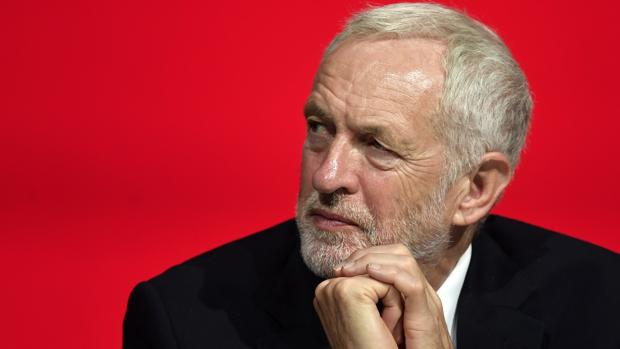 Corbyn dice preferir la celebración de nuevas elecciones a un segundo referéndum sobre el Brexit