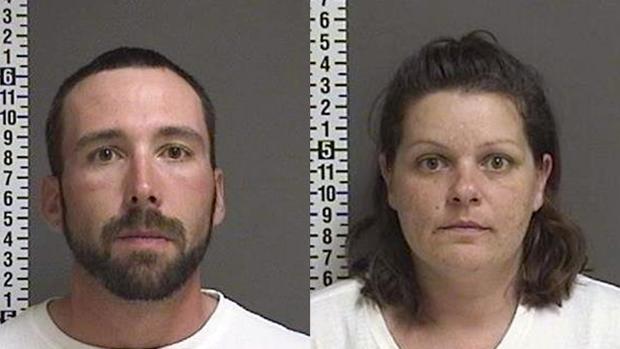 Ficha policial de William Hoehn y Brooke Crews