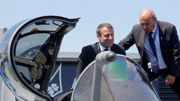 Macron presume de liderazgo europeo en Defensa en su peor momento como presidente