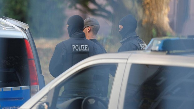 Alemania desmantela un atentado planeado para el 3 de octubre por una célula neonazi