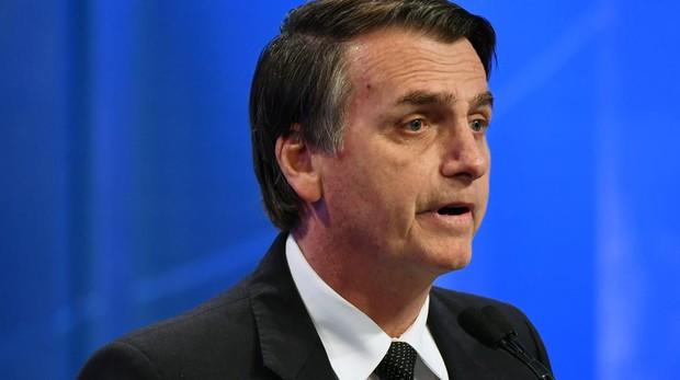 Bolsonaro toma ventaja y busca elección en primera vuelta