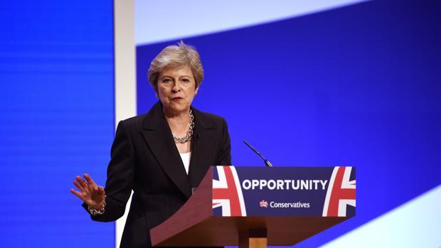 Theresa May niega que el Reino Unido tenga miedo a un Brexit sin acuerdo
