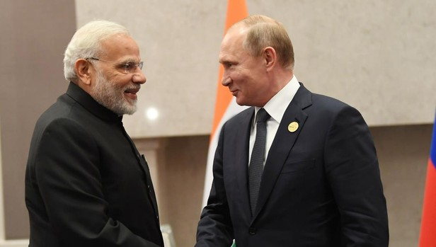 Putin viaja a la India para vender armas, energía nuclear y fortalecer aún más los lazos