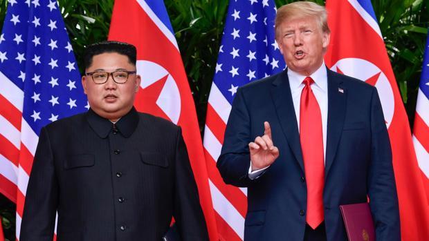 Kim Jong-Un y Donald Trump en la cumbre en Singapur