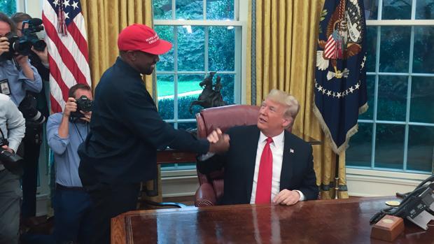 El delirante encuentro de Donald Trump y Kanye West