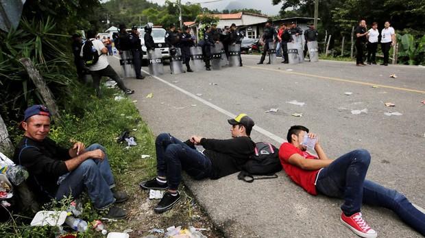 Trump quitará la ayuda a Honduras si no se detiene una caravana de inmigrantes