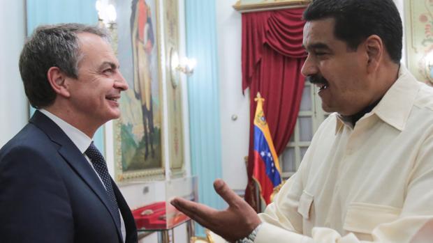La Venezuela de Maduro defiende y elogia a Zapatero: «Es un hombre digno y decente»