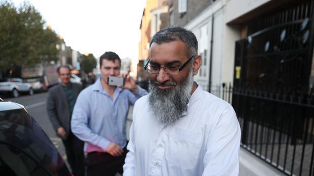 En libertad el clérigo islamista más peligroso de Reino Unido