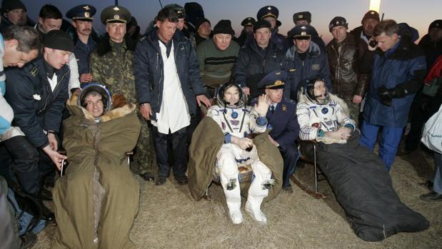 Bolsonaro, como Pedro Sánchez, nombra ministro de Ciencia a un astronauta