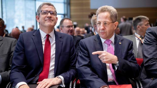 El responsable de la Inteligencia interior alemana será finalmente destituido por criticar la política migratoria