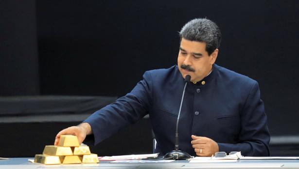 Exgobernantes de España e Iberoamérica piden a López Obrador y a Bolsonaro no invitar a Maduro