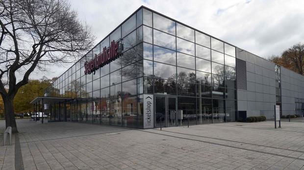 Arranca en Alemania el juicio por humillaciones a refugiados: «¡Acuéstate sobre tu vómito!»