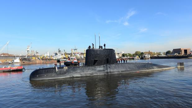 Así se localizó el submarino a 900 metros de profundidad