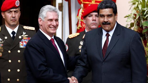El presidente de Venezuela, Nicolás Maduro y el presidente de Cuba, Miguel Díaz-Canel