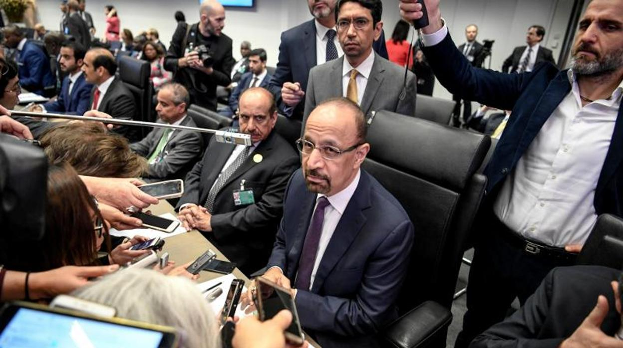 La OPEP cierra su reunión sin acuerdo y queda pendiente de sus aliados