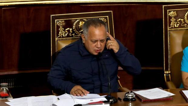 El presidente de la oficialista Asamblea Constituyente de Venezuela (ANC), Diosdado Cabello, dirige una sesión hoy, en Caracas (Venezuela)