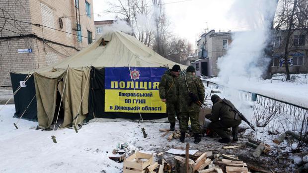 Rusia sigue rechazando el despliegue de cascos azules en el este de Ucrania para solucionar el conflicto